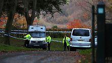 Mehrere Opfer: Hubschrauber und Flugzeug kollidieren
