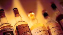 Durchgesickerten Handy-Mitteilungen zufolge soll auch Whiskey geschmuggelt worden sein.