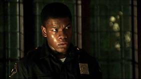 Wachmann Melvin Dismukes (John Boyega) fällt in der Geschichte eine Schlüsselrolle zu.