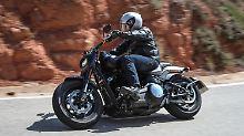 Bei der neuen Harley Davidson Fat Bob hat die Fransenjacke ausgedient.