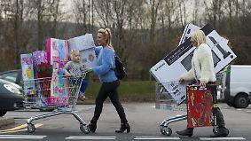 """Jagdinstinkt hinterfragen: """"Black Friday""""-Angebote führen hinters Licht"""