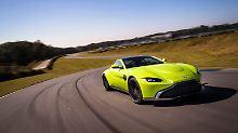 Das Gesicht des Aston Martin Vantage erinnert stark an den Mazda MX5.