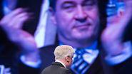 Showdown in München: CSU vertagt Entscheidung im Machtkampf