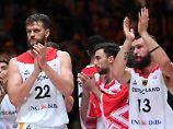 Bundestrainer Rödl feiert Debüt: Basketballer starten mit Sieg in WM-Quali