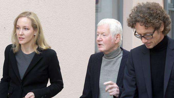 Millionen zur Seite geschafft?: Gericht spricht Urteil gegen Ex-Drogerieunternehmer Schlecker