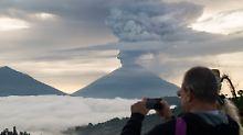 Angst vor großem Vulkanausbruch: Was Bali-Urlauber nun tun können