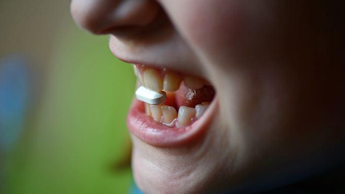 Antibiotika wirken, können aber auch eine Reihe von Nebenwirkungen mit sich bringen.