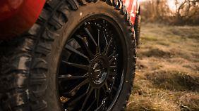 Optional gibt es Offroad-Reifen.