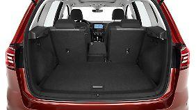 Der Kofferraum fasst mehr als bei den meisten Kompakt-SUV .