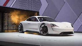 So sieht Porsche die Zukunft seiner Sportwagen: die Studie Mission E.