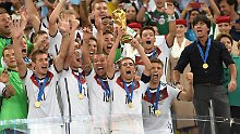 """Der Sport-Tag: """"Titel für die Ewigkeit"""" - DFB lobt WM-Rekordprämie aus"""