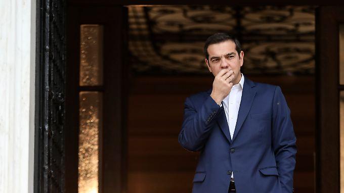 Tsipras bekommt frisches Geld in die Staatskasse - im nächsten Jahr muss Griechenland dann wieder am Kapitalmarkt die Finanzen aufbessern.