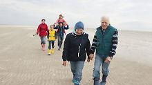 Wohin und welche Aktivitäten?: So gelingt der Mehrgenerationen-Urlaub