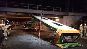 Cabrio wider Willen: Brücke rasiert Flixbus-Dach ab
