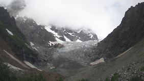 Die schroffen Gipfel Swanetiens erfreuen vor allem Bergfans.
