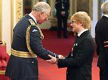 Der Tag: Ed Sheeran erhält Verdienstorden des britischen Königshauses