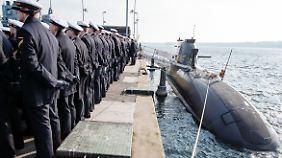 """Das U-Boot """"U35"""" bei seiner Indienststellung - zweieinhalb Jahre vor der Havarie."""