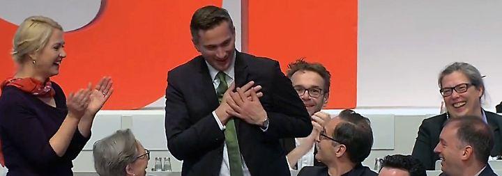 """""""Vermisst jemand seinen Ehering?"""": Vergesslicher Martin Dulig sorgt für Lacher auf SPD-Parteitag"""
