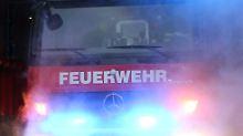 56 Fahrgäste an Bord: Reisebus gerät auf A1 in Brand