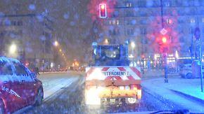 Zahlreiche Unfälle auf glatten Straßen: Schnee und Eis bringen Autofahrer ins Rutschen