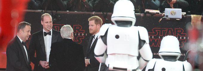 """""""Prinzen""""-Alarm bei Premiere: William und Harry fiebern bei """"Star Wars VIII"""""""