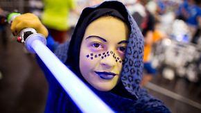 """Goldgrube """"Star Wars"""": Unterhosen und Laserschwerter sorgen für Milliardengeschäft"""