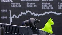 Der Börsen-Tag: Dax schwächelt am Mittag