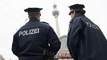Brennpunkt Alexanderplatz: Neue Wache soll Berliner brav machen
