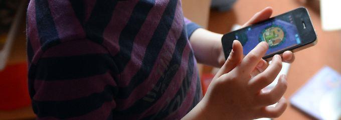 Tablets und Latops in der Kita: Erzieher befürworten frühes Technik-Training