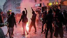 Kollegen erkennen Mann wieder: Polizist soll ein G20-Randalierer sein