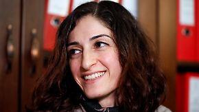 Ausreisesperre verhängt: Journalistin Tolu aus türkischer U-Haft entlassen