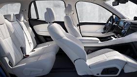 Der Beifahrersitz des Nio ES8 lässt sich dank einer Beinauflage zur Liege wandeln.