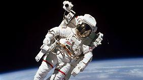 7. Februar 1984: McCandless beim Weltraumspaziergang.