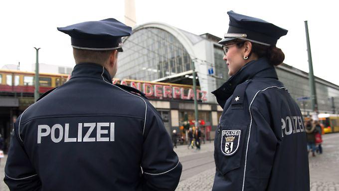 Bahnhöfe wie am Berliner Alexanderplatz sind Kriminalitätsschwerpunkte.