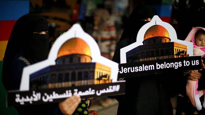 Palästinenser protestieren an Heiligabend gegen die angekündigte Botschaftsverlegung der USA.