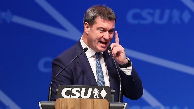 Markus Söder und der mahnende Zeigefinger - er will in Bayern Modernität und konservative Werte verbinden.