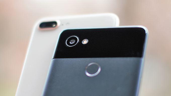 Das iPhone 8 Plus knipst ziemlich gut, doch Google beweist mit dem Pixel 2, dass es auch ohne Dual-Kamera geht.