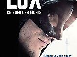 Krieger des Lichts im Medienhype: Lux, der sanfte deutsche Superheld