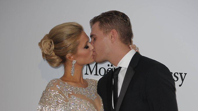 Paris Hilton und Chris Zylka.