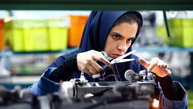 Die iranische Industrie benötigt zur Modernisierung dringend Kapital und Knowhow von ausländischen Investoren - doch die bleiben weg.