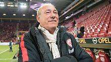 AfD zeigt Eintracht-Boss an: Bundesliga formiert sich gegen Online-Hetze