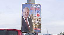 """Präsidentenwahl in Tschechien: """"Farbloser"""" Chemiker wird Zeman gefährlich"""