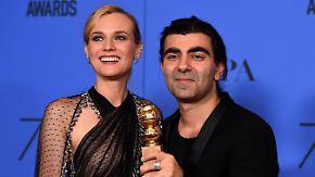 """Preisverleihung ganz in Schwarz: Fatih Akin holt mit """"Aus dem Nichts"""" Golden Globe"""