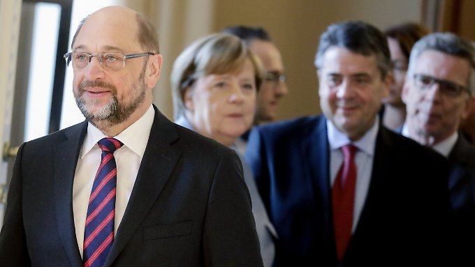 Nochmal vier Jahre Große Koalition? SPD-Chef Schulz sondiert in dieser Woche mit den Unionsparteien. Ob es ein neues Bündnis gibt, entscheiden aber die SPD-Mitglieder.