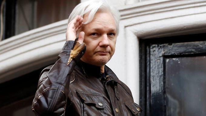 Als Gefahrenquellen für Julien Assange gilt die britische Polizei - und er selbst.