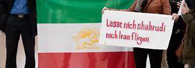 """Trotz mehrerer Strafanzeigen: Irans """"Todesrichter"""" reist unbehelligt aus"""