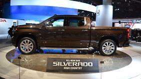 Den Chevrolet Silverado gibt es auch in einer Edelvariante. Die nennt sich High Country.
