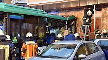 Verletzte Kinder in Eberbach: Schulbus gerät außer Kontrolle