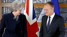 Exit vom Brexit?: EU sendet Briten ein Herzchen