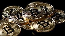 Der Börsen-Tag: Umfrage: Würden Sie sich Bitcoins kaufen?